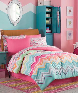 Mariel Comforter Set