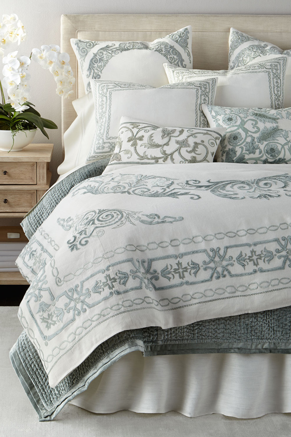 Comforters & Quilts