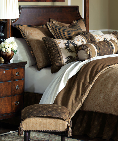 Aston Eastern Accents Bedding Collection