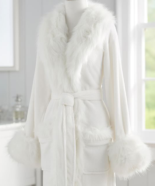 Cozy Bathrobes Luxurious Faux Fur Robe